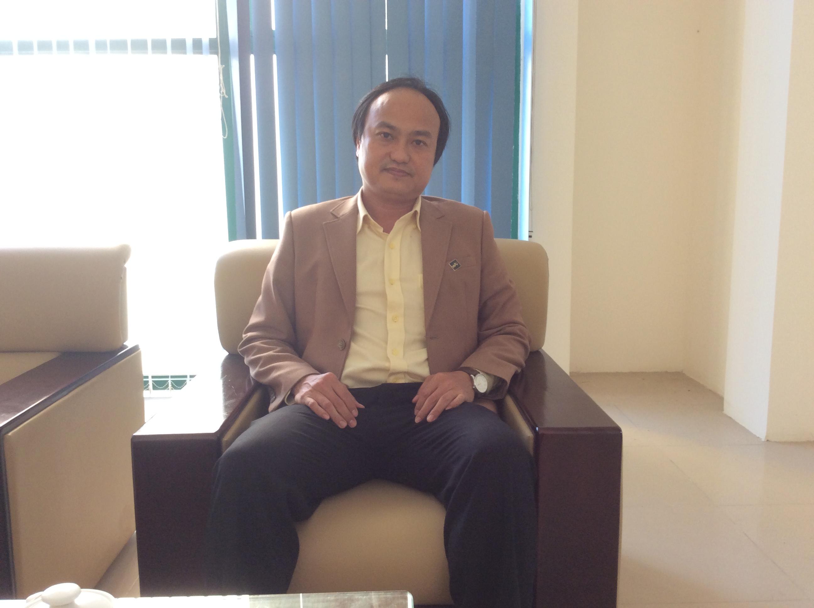Phó giám đốc: Phan Thế Đạt