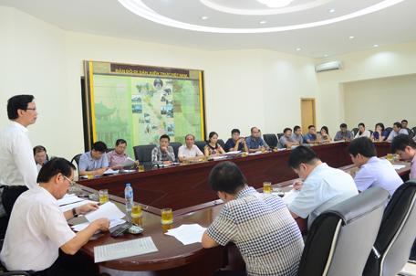 Thứ trưởng Nguyễn Đình Toàn chủ trì buổi làm việc