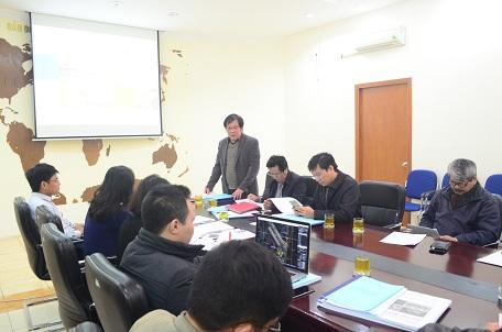 Viện trưởng Đỗ Thanh Tùng chủ trì buổi họp