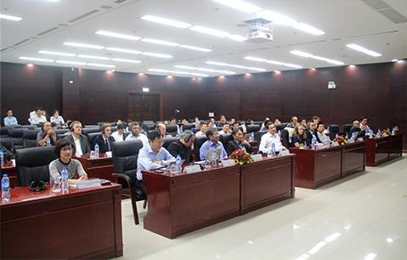 Phó Viện trưởng Phạm Thúy Loan tham dự buổi khai mạc