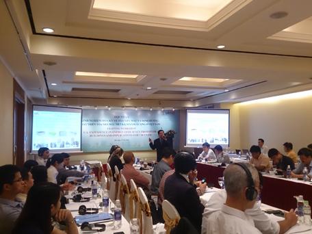Phó Viện trưởng Viện Kiến trúc Quốc gia Trần Đình Thái phát biểu tham luận tại hội thảo