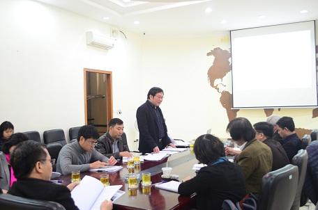 Viện trưởng Đỗ Thanh Tùng phát biểu khai mạc buổi họp