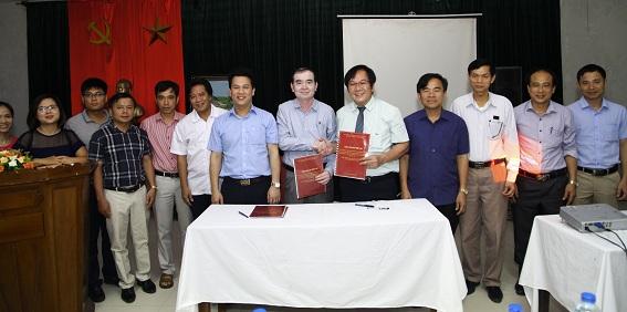 Lễ ký kết thỏa thuận hợp tác xây dựng và thực hiện chương trình trung hạn lĩnh vực kiến trúc, quy hoạch xây dựng và quản lý đô thị, nông thôn