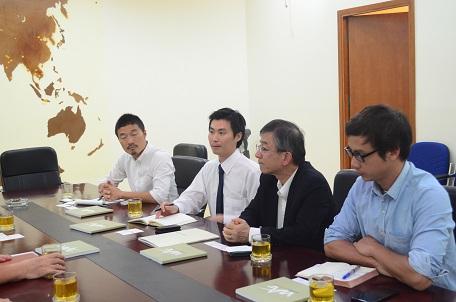 Các chuyên gia Nhật Bản