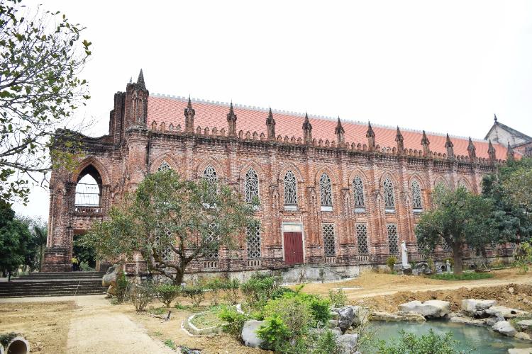 Thánh đường Đan viện Xi Tô Châu Sơn - Ninh Bình