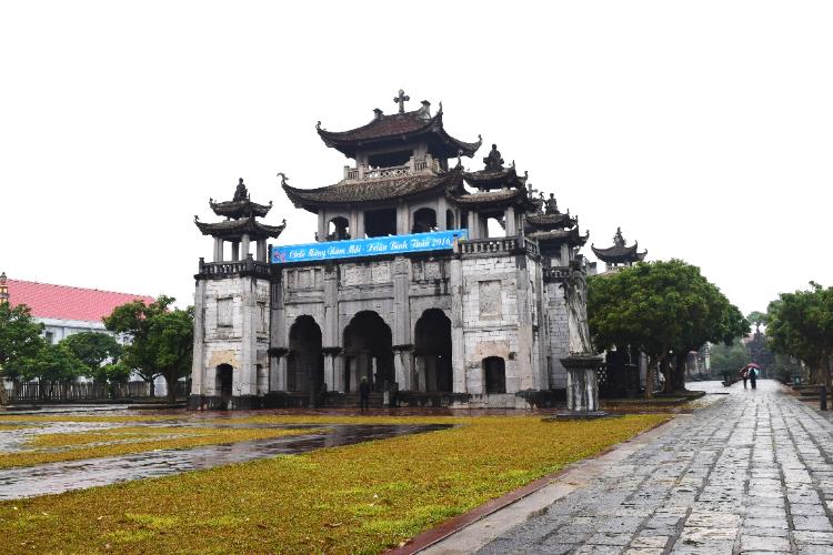 Ảnh chụp nhà thờ đá Phát Diệm - Ninh Bình