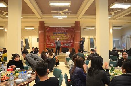 Viện trưởng Đỗ Thanh Tùng phát biểu tại Gala
