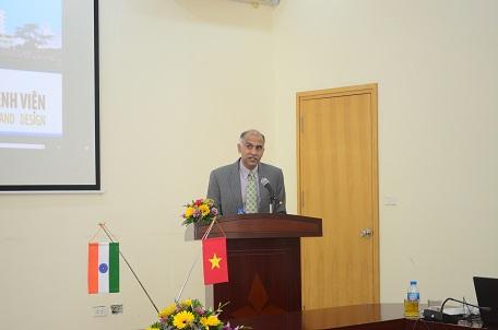 Ông Parvathaneni Harish – Đại sứ Ấn Độ tại Việt Nam chia sẻ tại Hội thảo
