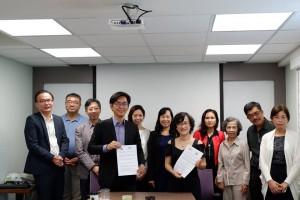 VIAr đã rất vui mừng ký Biên bản hợp tác dài hạn với TBCxA do GS Johny Chen sáng lập và điều hành
