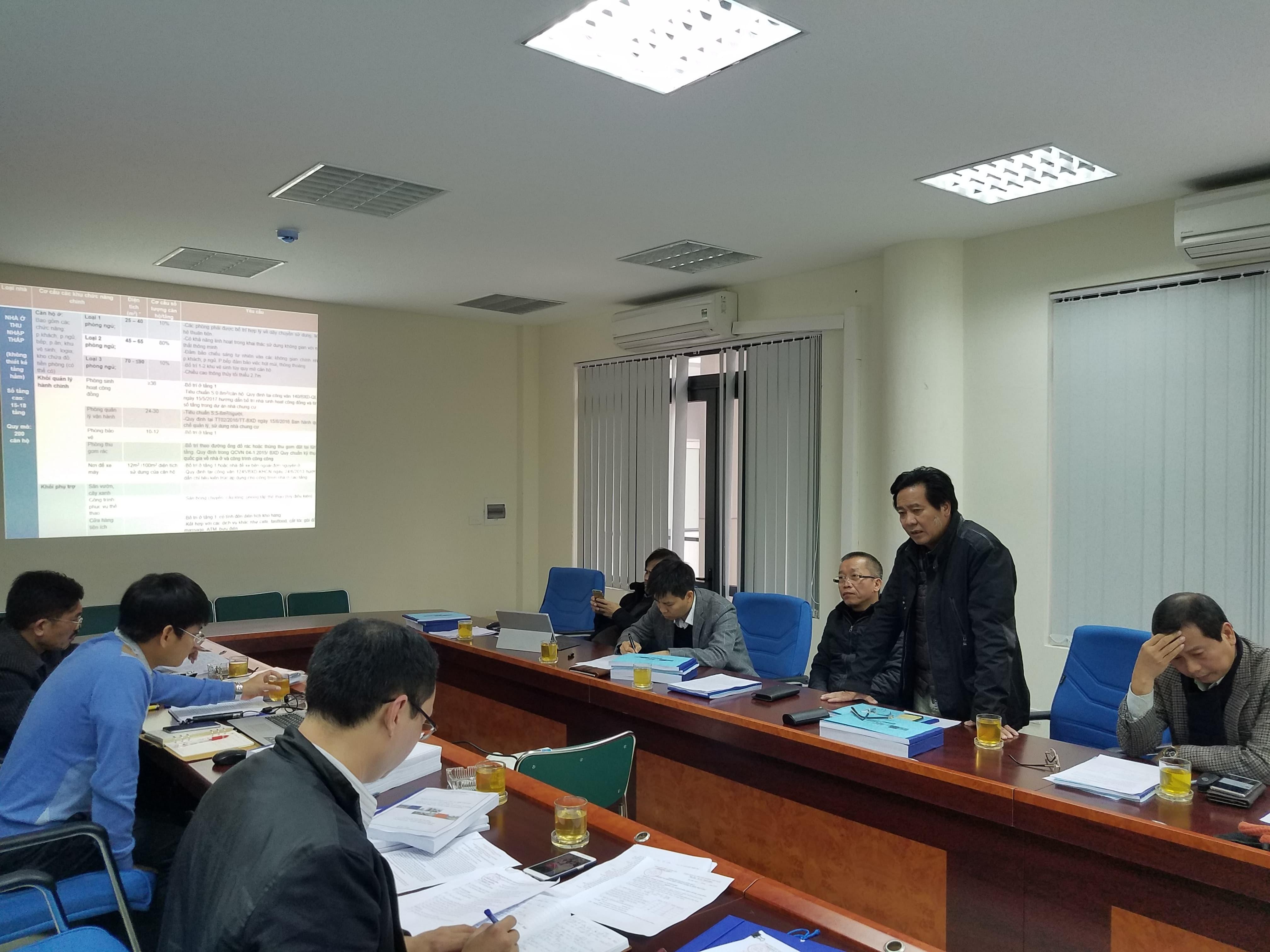 6. Phó viện trưởng Viện Kiến trúc Quốc gia Đặng Tiên Phong, thành viên hội đồng nghiệm thu phát biểu tại buổi làm việc