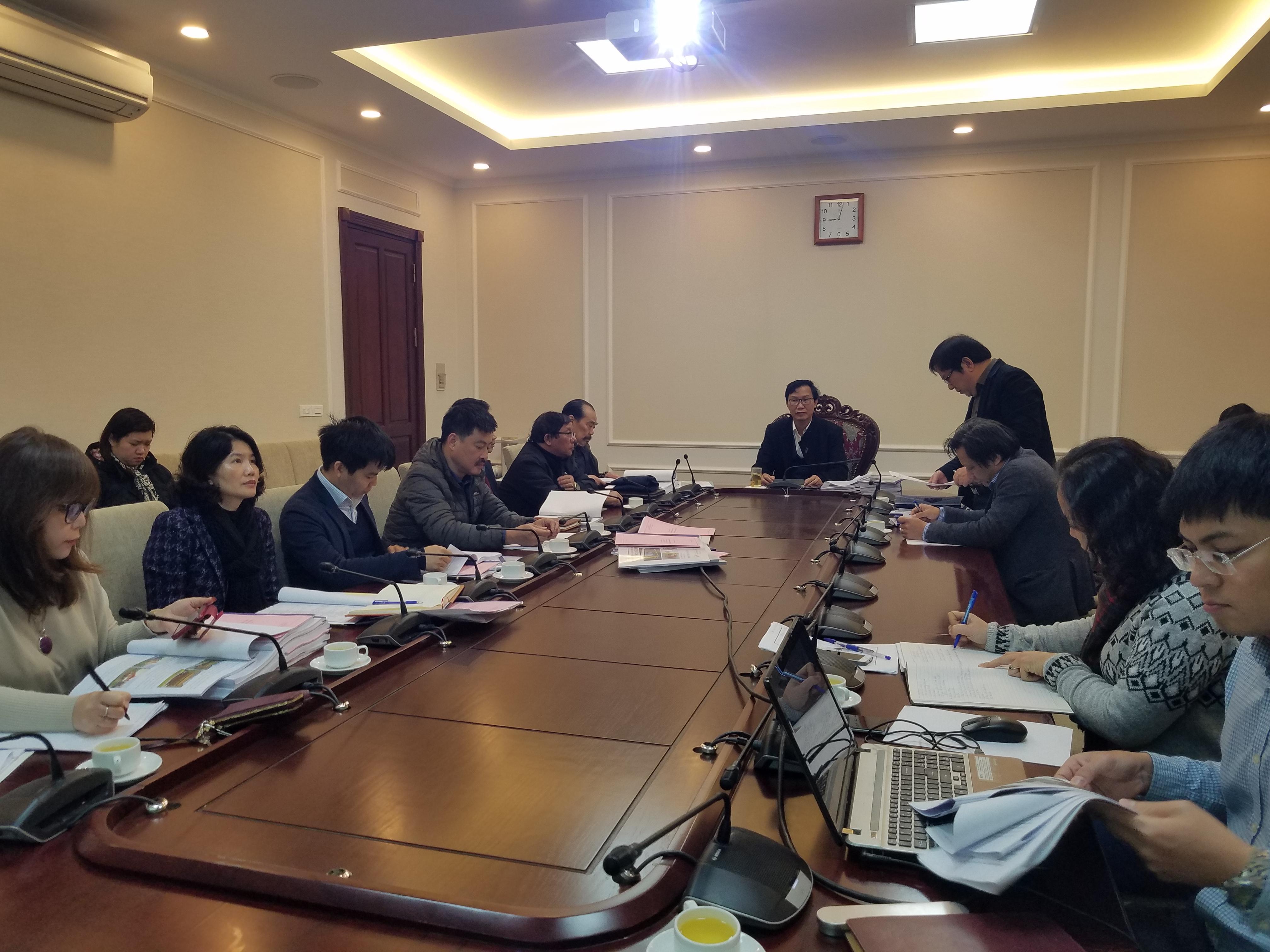 1 Viện trưởng Viện Kiến trúc Quốc gia Đỗ Thanh Tùng phát biểu tại buổi làm việc
