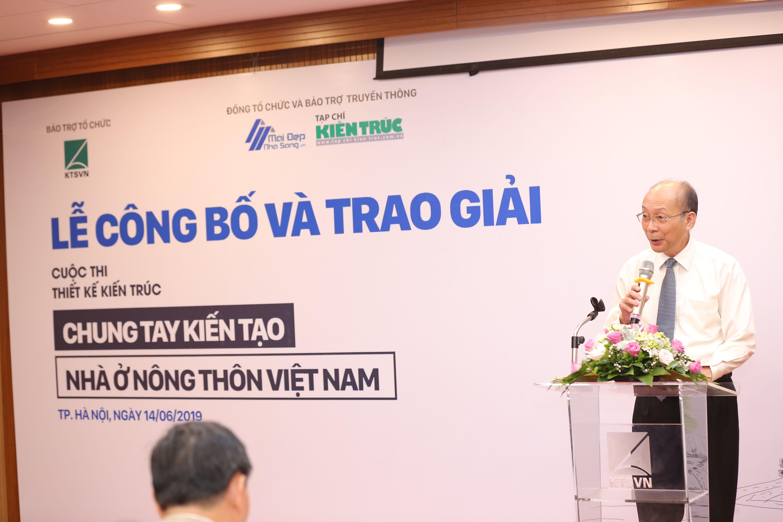 2 GS Ts Kts Nguyễn Quốc Thông - Tổng biên tập Tạp chí kiến trúc phát biểu tại buổi lễ