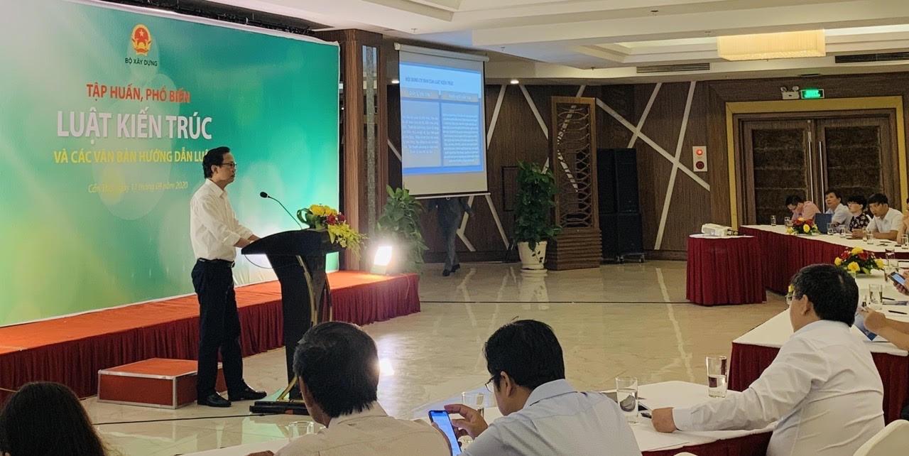 Thứ trưởng Nguyễn Đình Toàn khẳng định, Luật Kiến trúc 2019 đã được cải tiến để kiến trúc sư phát huy tài năng và sáng tạo.