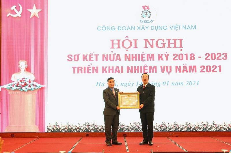 Công đoàn Xây dựng Việt Nam sơ kết hoạt động Công đoàn nửa nhiệm kỳ 2018-2023